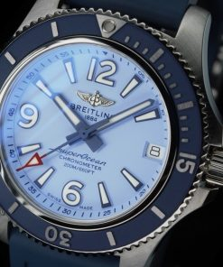 Breitling Ladies SUPEROCEAN AUTOMATIC 36, Stainless Steel, Light blue dial, A17316D81C1S1